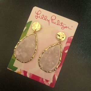 NWT Lilly Pulitzer Moonlight Earrings In White
